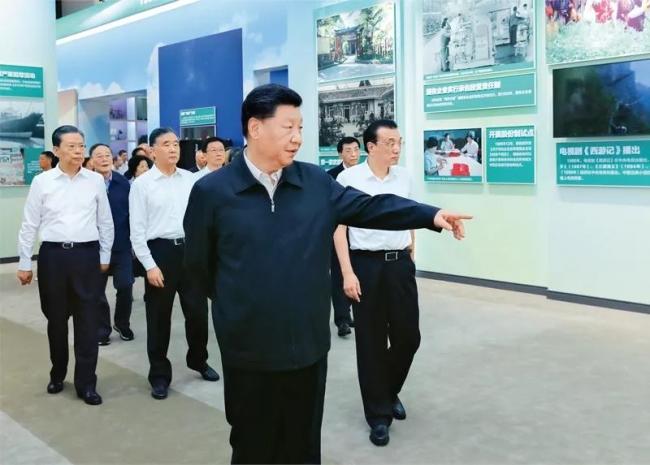 习近平:以史为镜、以史明志,知史爱党、知史爱国