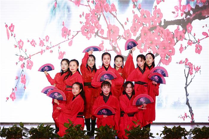 电子商务学院分工会舞蹈《红昭愿》