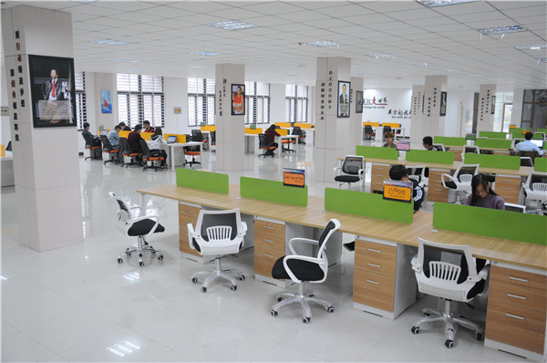 众创空间办公环境