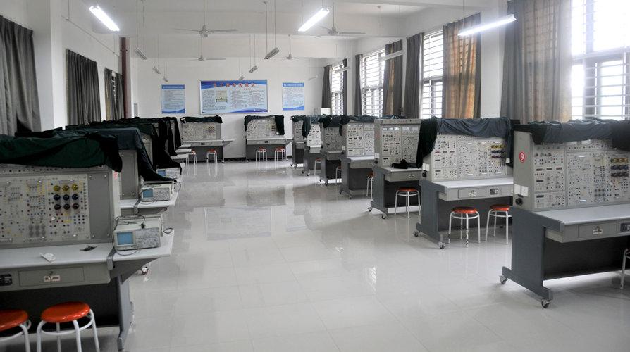电子技术实验室