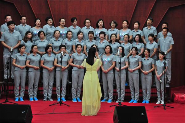 纪念抗日战争胜利70周年教职工合唱比赛--会计系分工会