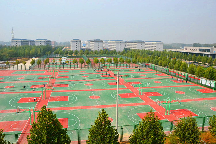 鸟瞰篮球场