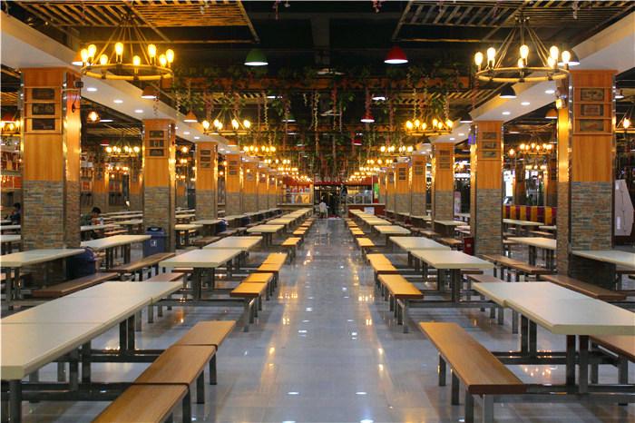 第一餐厅夜景