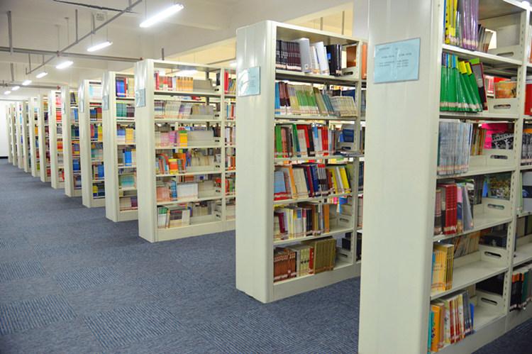 图书馆书库一角